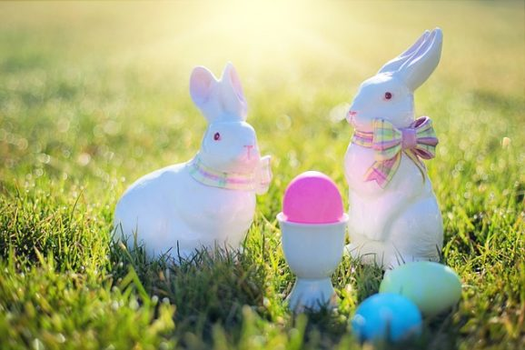 Use bunny and egg type photos in your Easter outreach.